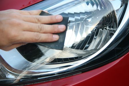 How to clean a car headlight, how to clean a car headlight, how to make a car headlight transparent